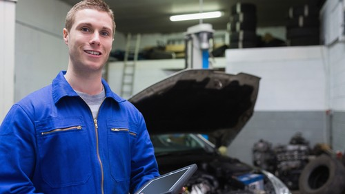 Auto Mechanic univerity course